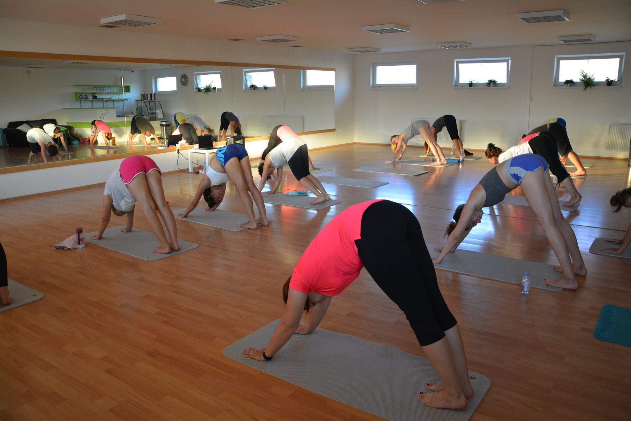 693b5673b Power joga je osobná voľba, ktorá učí sebareflexii a formuje telo ...